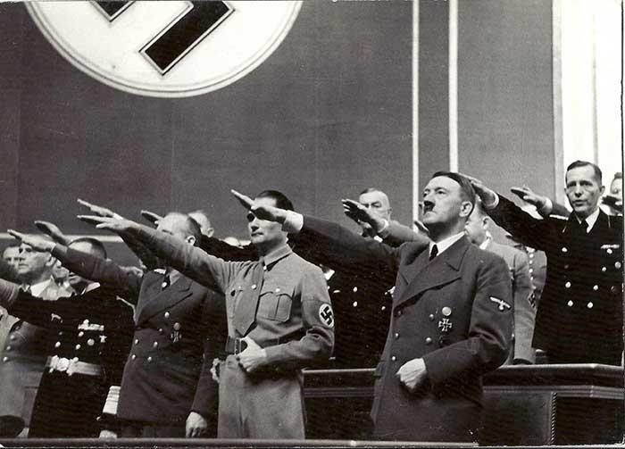 Hess et Hitler au Reichstag