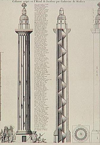 La colonne Médicis où Côme Ruggieri se plaisait à regarder les étoiles
