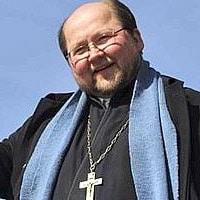Le Père Mitro célèbre en Finlande pour son humour