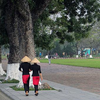 Deux vietnamiennes à Hué