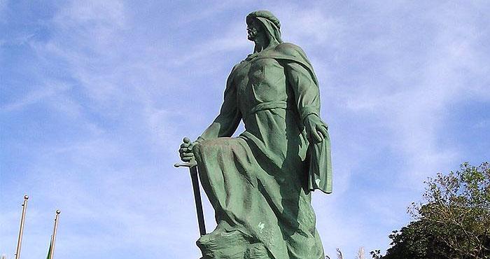statue d'Abd ar Rahman Ier en Espagne