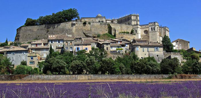 Grignan, un village plein de charme
