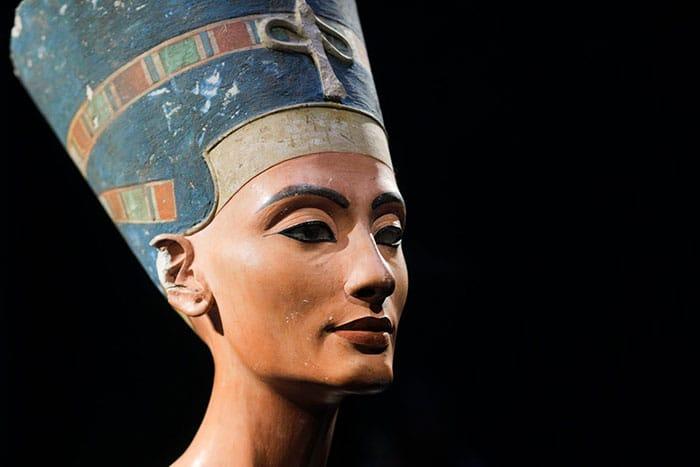 Nefertiti, épouse d'Akhenaton