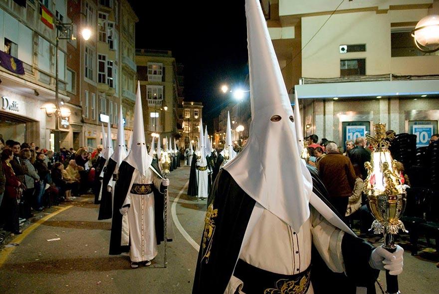procession-capirote